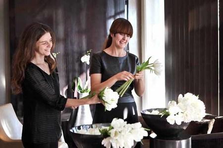 La experta en decoración floral del Hotel Arts presenta sus próximos talleres