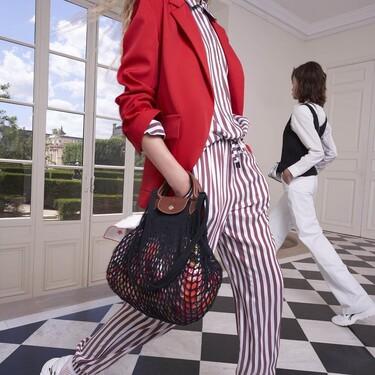Longchamp reinventa su mítico bolso de lona en forma de red y el resultado promete ser el accesorio viral de la primavera
