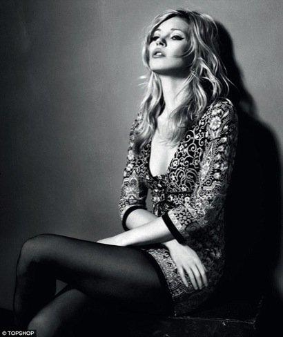 Kate Moss para Topshop, Otoño-Invierno 2010/2011 brocado