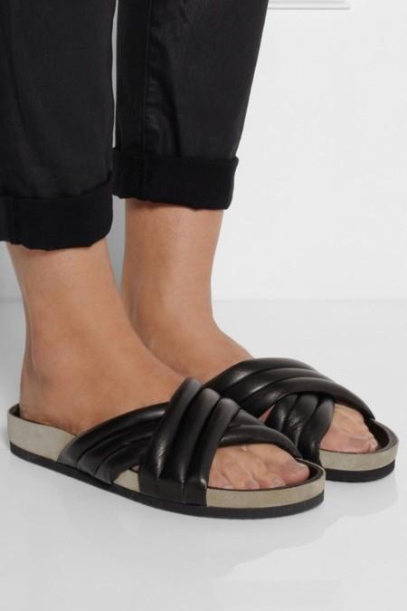 """Los """"ugly shoes"""" seguirán acompañándonos la próxima primavera"""