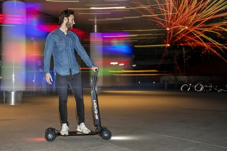 Audi E Tron Scooter Patinete Electrico 8