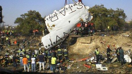 Las víctimas del accidente de Spanair contra Telecinco