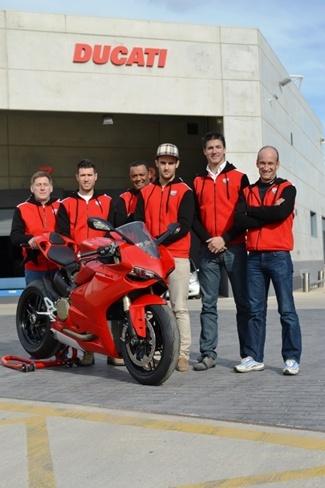 Xavi Forés y Ferrán Casas en el CEV como pilotos oficiales Ducati