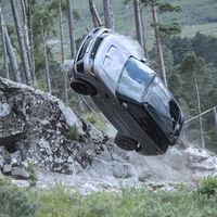 El reto definitivo para el Range Rover Sport SVR: sobrevivir a la última película de James Bond