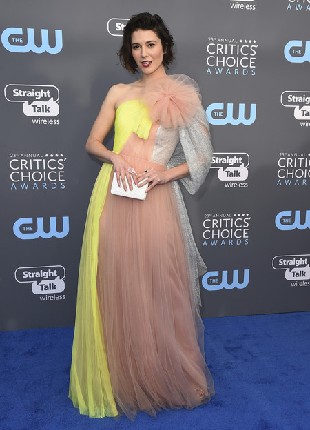 Alfombra Roja Critics Choice Awards 2018 Mary Elizabeth Winstead Delpozo