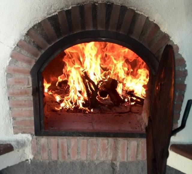 Secretos para dominar un horno de le a - Como hacer pizza en horno de lena ...