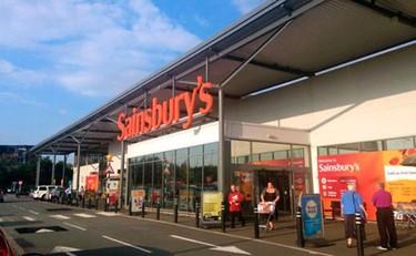 Un supermercado que obtiene su energía de los alimentos caducados