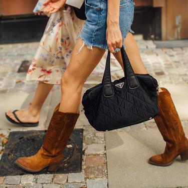 Nueve bolsos de estilo shopping para mujer en los que cabe todo lo que necesitas en una tarde de verano