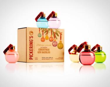 Estas bolas de Navidad encierran mucho más que magia (y podrían ser las favoritas de Bridget Jones)