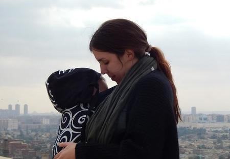 """""""Mi doula y mi matrona trabajaron muy bien juntas"""". Entrevista a la mamá bloguera Andrea Morante"""