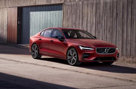 El Volvo S60 2018 ya está aquí, con dos híbridos enchufables, sin diésel y disponible por suscripción