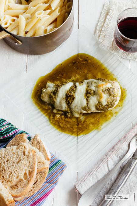 Pechuga de pollo con pesto y mozzarella. Receta fácil para la temporada de fiestas