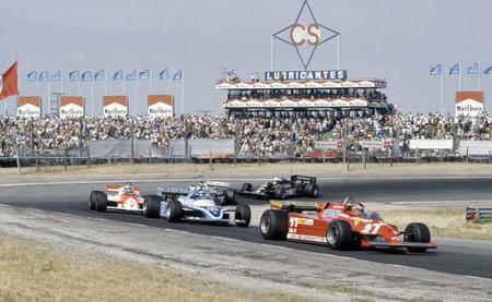 Gilles Villeneuve y perseguidores 1981 Jarama