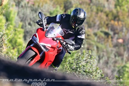 Ducati Supersport 2017 032