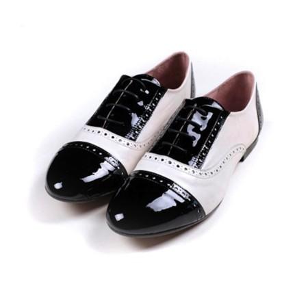 blucher blanco y negro