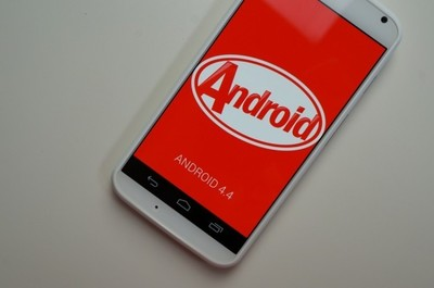 Moto X obtiene Android 4.4 KitKat con T-Mobile y AT&T