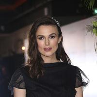 Keira Knightley anuncia su segundo embarazo de la mejor manera posible: con un romántico look de Chanel