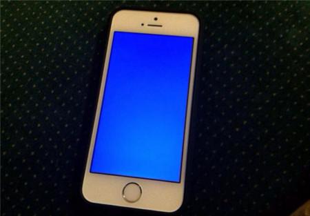 La pantalla azul de la muerte reaparece... ¿en los iPhone 5S?