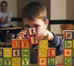 Toledo creará un centro público para niños con autismo de referencia nacional
