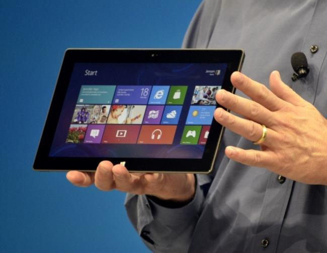 Tablet Windows 8 en manos