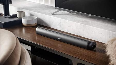 Mejora el sonido de tu TV con esta barra de sonido barata de Sharp: con Bluetooth y 90 W de potencia por menos de 60 euros
