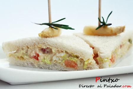 Mini de atún, huevo, tomate y espárragos. Receta