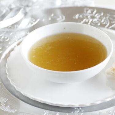 Consomé de Navidad: receta tradicional al estilo casero familiar