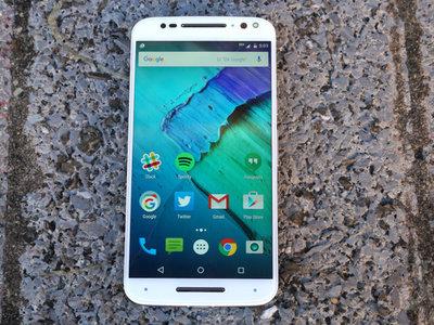 Malas noticias: la actualización a Nougat para la familia Moto X y el Moto Z Play se retrasa
