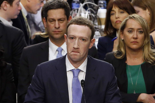 9 respuestas y momentos memorables que Zuckerberg nos ha dejado ante el Senado