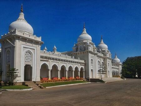 Hyderabad Public School: el colegio de la India que formó a los CEO de Microsoft, Adobe y Mastercard