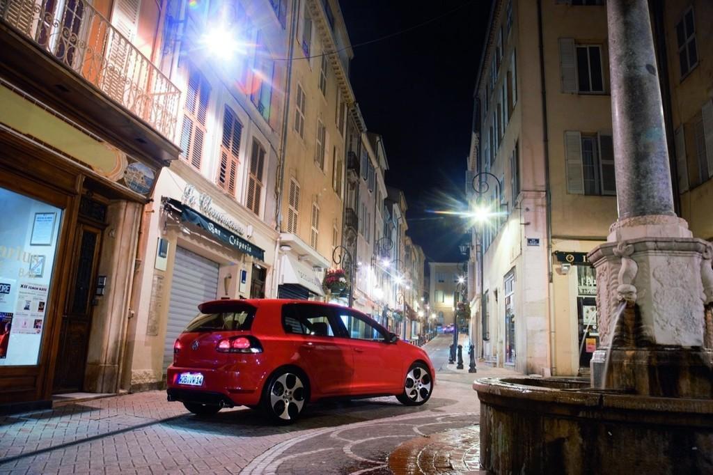 Foto de Volkswagen Golf GTi 2010 (11/38)