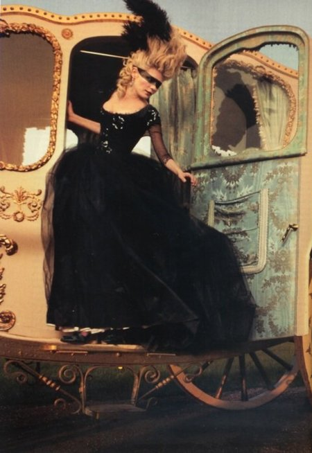 Moda de cine (VI): María Antonieta