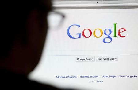 Cuando Google posiciona a negacionistas en búsquedas sobre el Holocausto, tenemos un grave problema