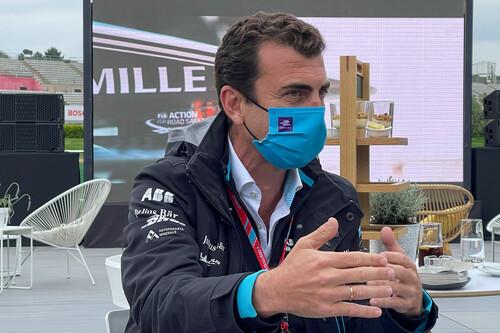 """Alberto Longo, jefe máximo de la Fórmula E: """"Las carreras de coches estaban obsoletas y hemos llegado para dar algo diferente"""""""