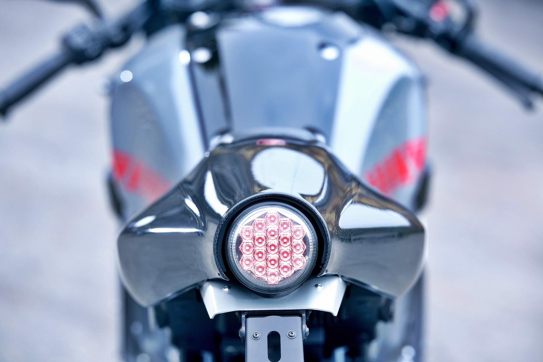 Foto de Yamaha XRS900 Abarth (17/38)