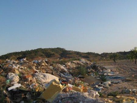 El blog de los vertederos ilegales también es un blog sobre la política basura