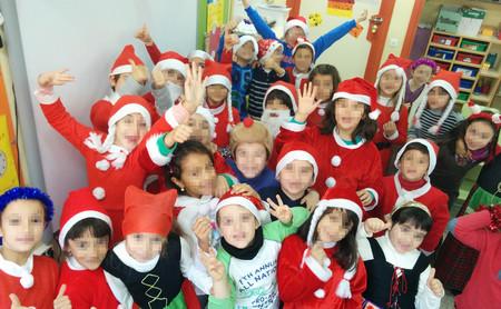 ¿Podemos hacer fotos a los niños en la función navideña del colegio y publicarlas en redes sociales? Lo explicamos
