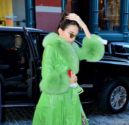 Kendall Jenner estrena sus 23 años derrochando estilo (con dos outfits peculiares)