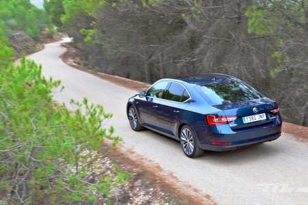 Skoda Superb 2 0 Tdi 150 L K 048