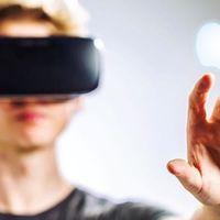 Mark Rober, youtuber de día e ingeniero para Apple de noche: está trabajando en una tecnología de VR para evitar mareos