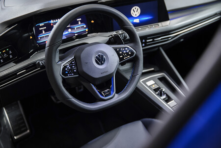 Volkswagen Golf R 2021 6