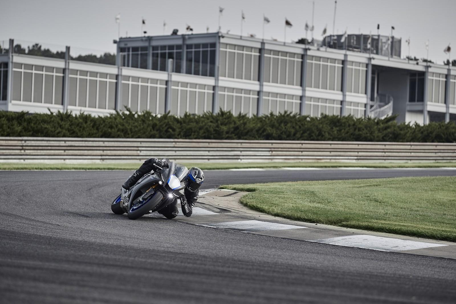 Foto de Yamaha YZF-R1 2020 (39/61)