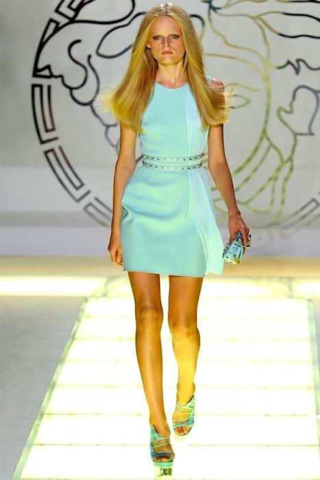 Foto de Versace Primavera-Verano 2012 (24/44)
