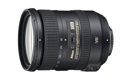 Nikon 18 200