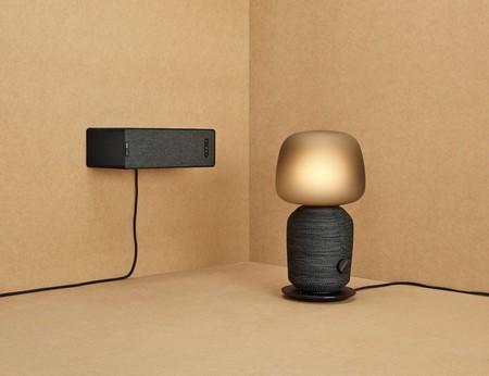 ¿No quieres ver un altavoz inteligente en casa? Ikea lo disfraza de lámpara y estantería para que no detectes su presencia