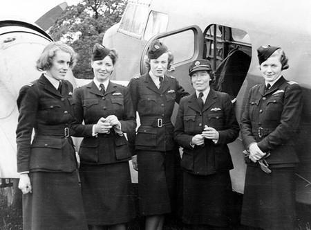 Mujeres Piloto 2gm 5