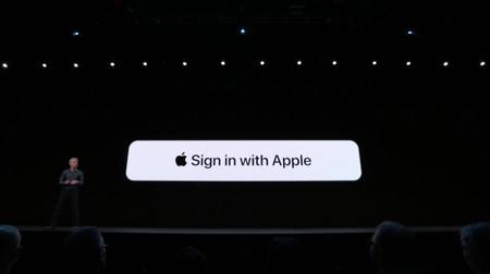 Sign in with Apple debería mostrarse por encima de otras opciones de autenticación, según sugiere la compañía