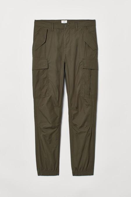 Zara Bershka H M Y Mas Estos Pantalones Y Bermudas Tipo Cargo Por Menos De 10 Euros Son Perfectos Para Empezar A Pensar En Los Looks De Verano