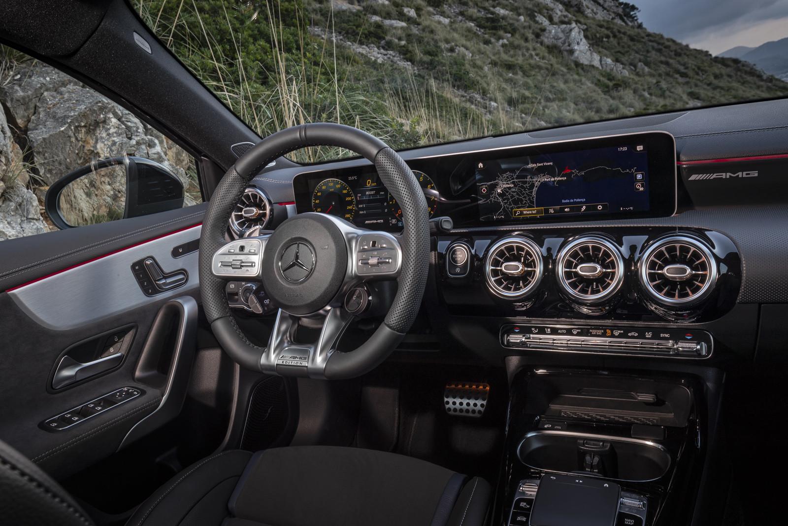 Foto de Mercedes-AMG A35 (presentación) (99/122)