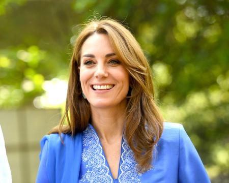 Kate Middleton apuesta por un look con túnica tradicional pakistaní y nos conquista